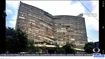 Ejército acordona edificio Plaza Condesa por riesgo de derrumbe