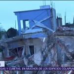 Rescatistas ingresan a inmuebles a punto de derrumbarse tras sismo en Morelos
