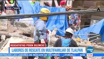 Labores de rescate en el multifamiliar de Tlalpan