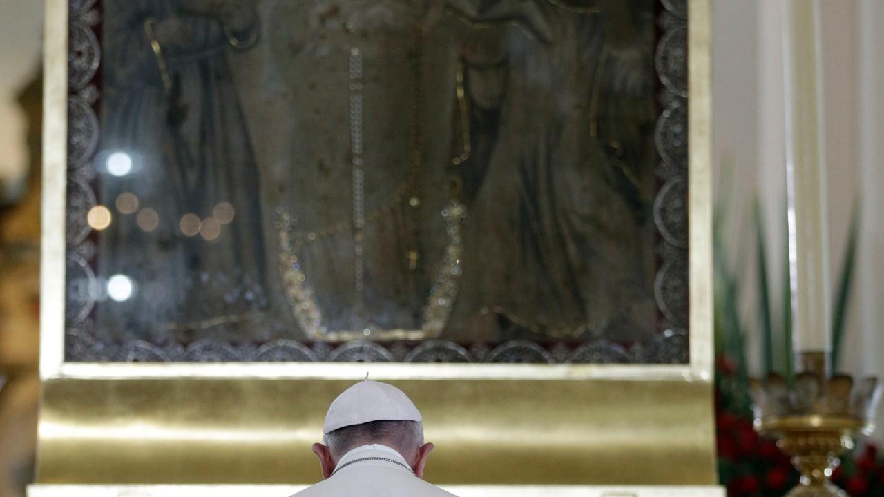 Papa Francisco pide a la Virgen que cuide y guíe a sus hijos colombianos