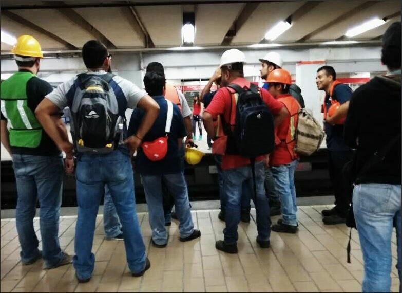 Transporte público y parquímetros continúan gratuitos