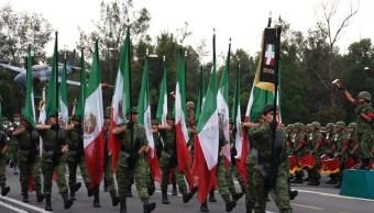 inicia ensayo desfile militar 16-septiembre zocalo capitalino