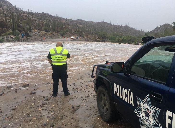 Cierran carretera transpeninsular en BC por efectos de la tormenta 'Lidia'