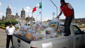 Mexicanos continúan entregando víveres para damnificados por sismo en Oaxaca y Chiapas
