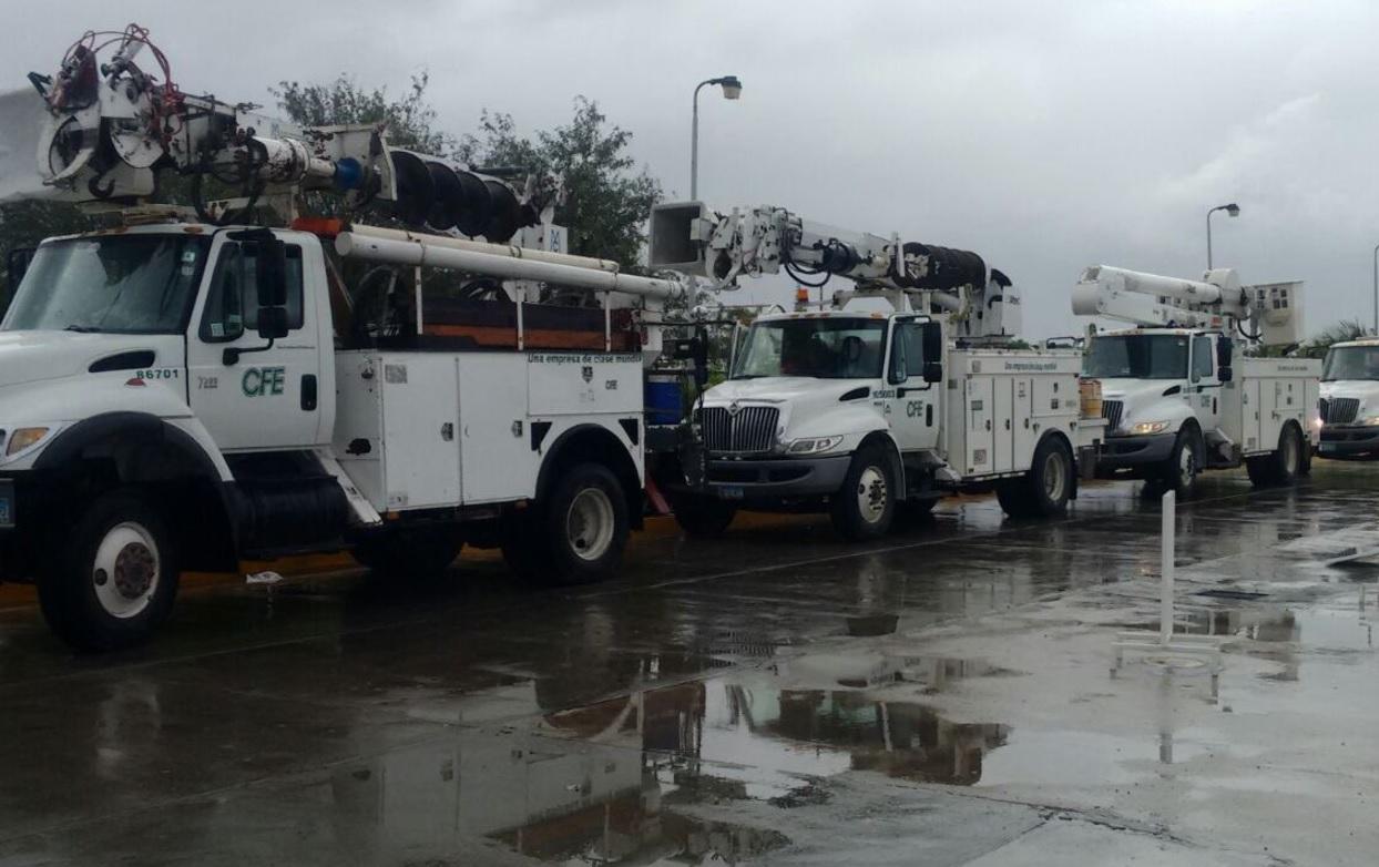 CFE restablece 90 por ciento de energía a usuarios afectados por sismo
