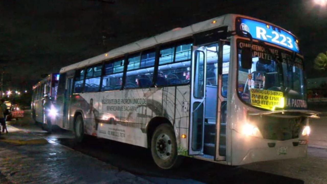 Choque de camiones en Monterrey deja cinco lesionados