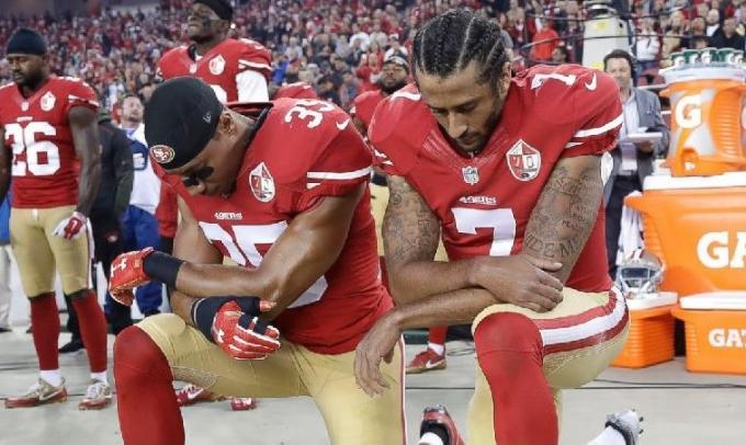 Trump pide despedir jugadores NFL que se hincan himno
