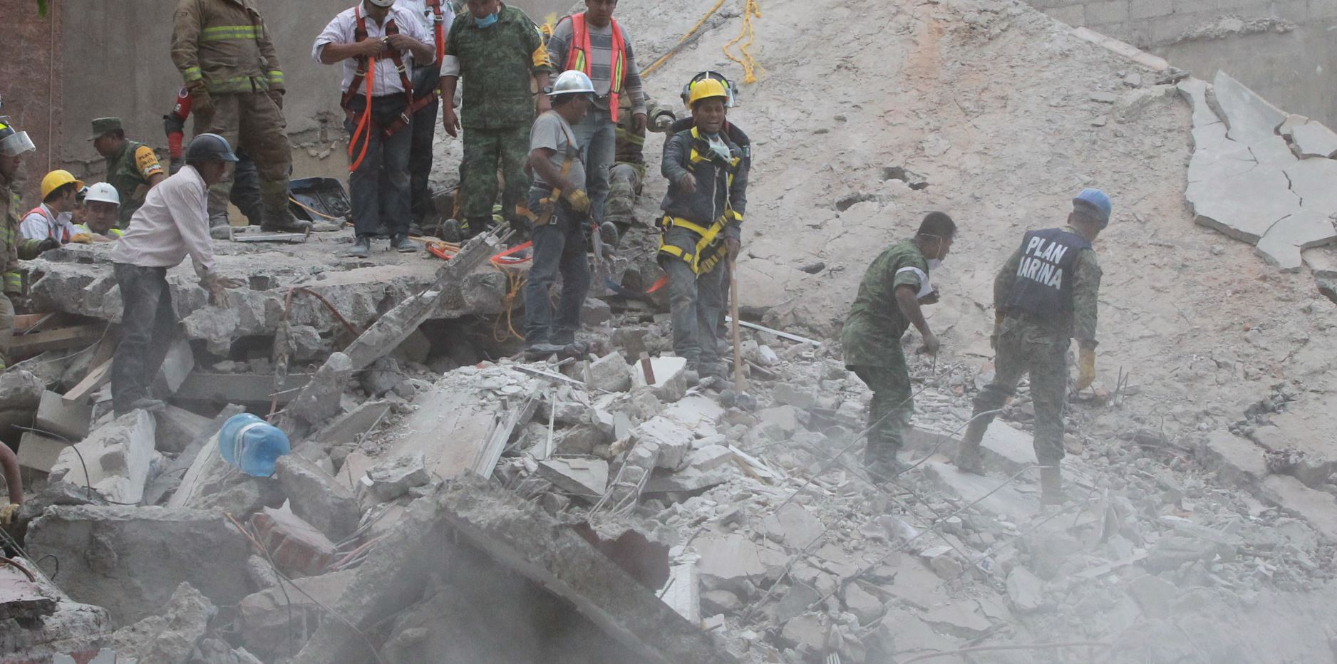 Declaran tres días de luto nacional por las víctimas del sismo