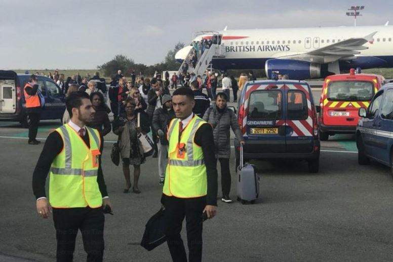 Refuerzan seguridad en vuelos de París