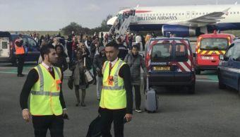 desalojan avion aeropuerto paris motivos seguridad