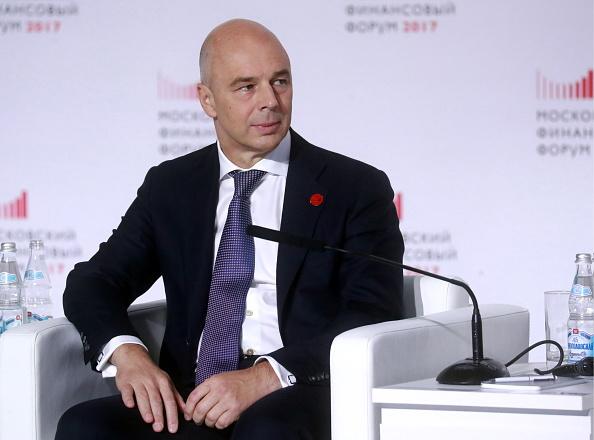 El ministro de Finanzas de Rusia dice que se trabaja con Venezuela