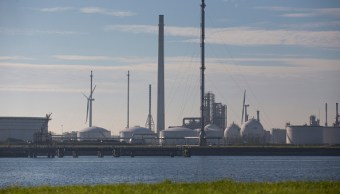 En noviembre se decidirá sobre reducir producción de crudo