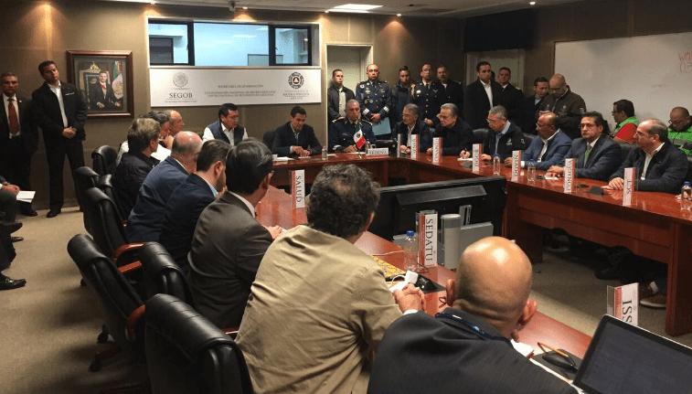 Ordena Peña Nieto activar protocolos de Protección Civil