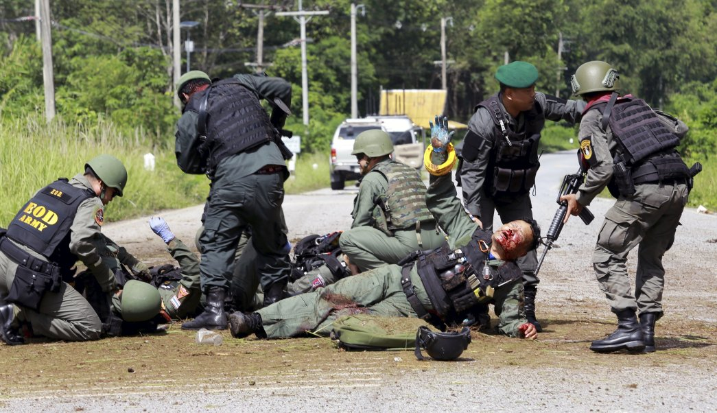 explotan tres bombas tailandia muerto 26 heridos