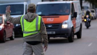 Guardia Civil registra instalaciones de empresa de mensajería en L'Hospitalet