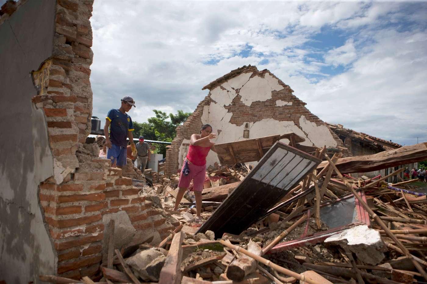 Habitantes de Unión Hidalgo, Oaxaca, afectados por el sismo