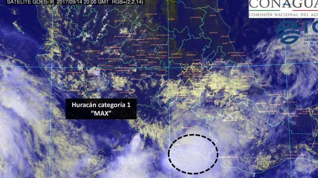 Huracán Max toca tierra en costas de Guerrero