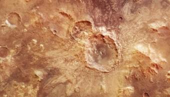 Imágenes de cráter en Marte, revela posible existencia de líquido (ESA)
