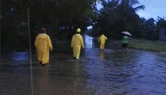 Zona de baja presión provoca lluvias en costas de Guerrero
