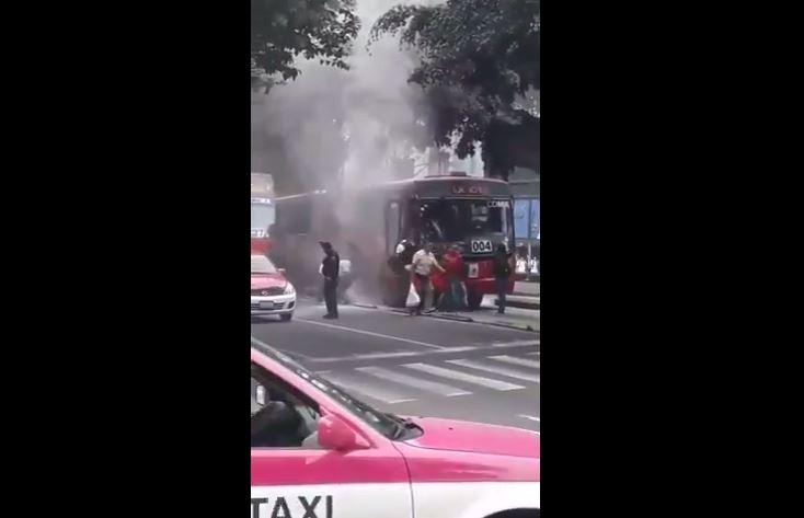 Controlan conato de incendio en L1 del Metrobús
