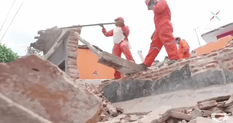 Migrantes centroamericanos apoyan a damnificados del sismo en Oaxaca