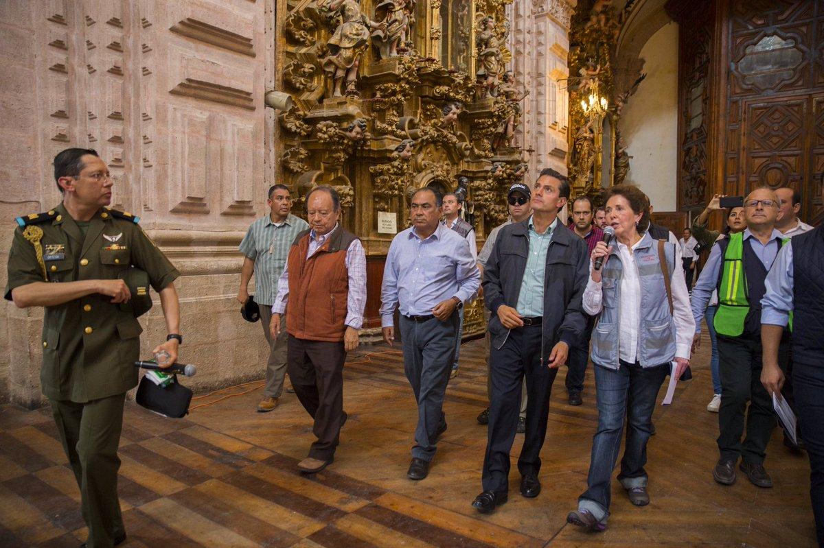 EPN revisa monumentos afectados por sismos en Taxco