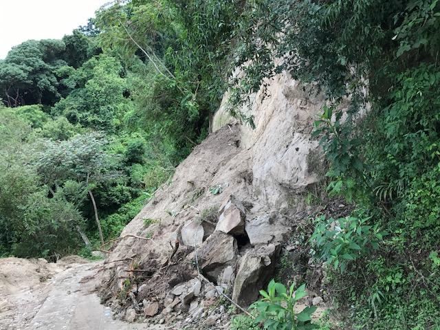 Se dificulta llegada de ayuda a comunidades chiapanecas. (Noticieros Televisa)