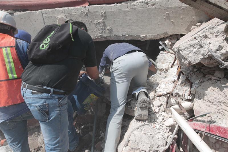 Reportan al menos 78 muertos por sismo