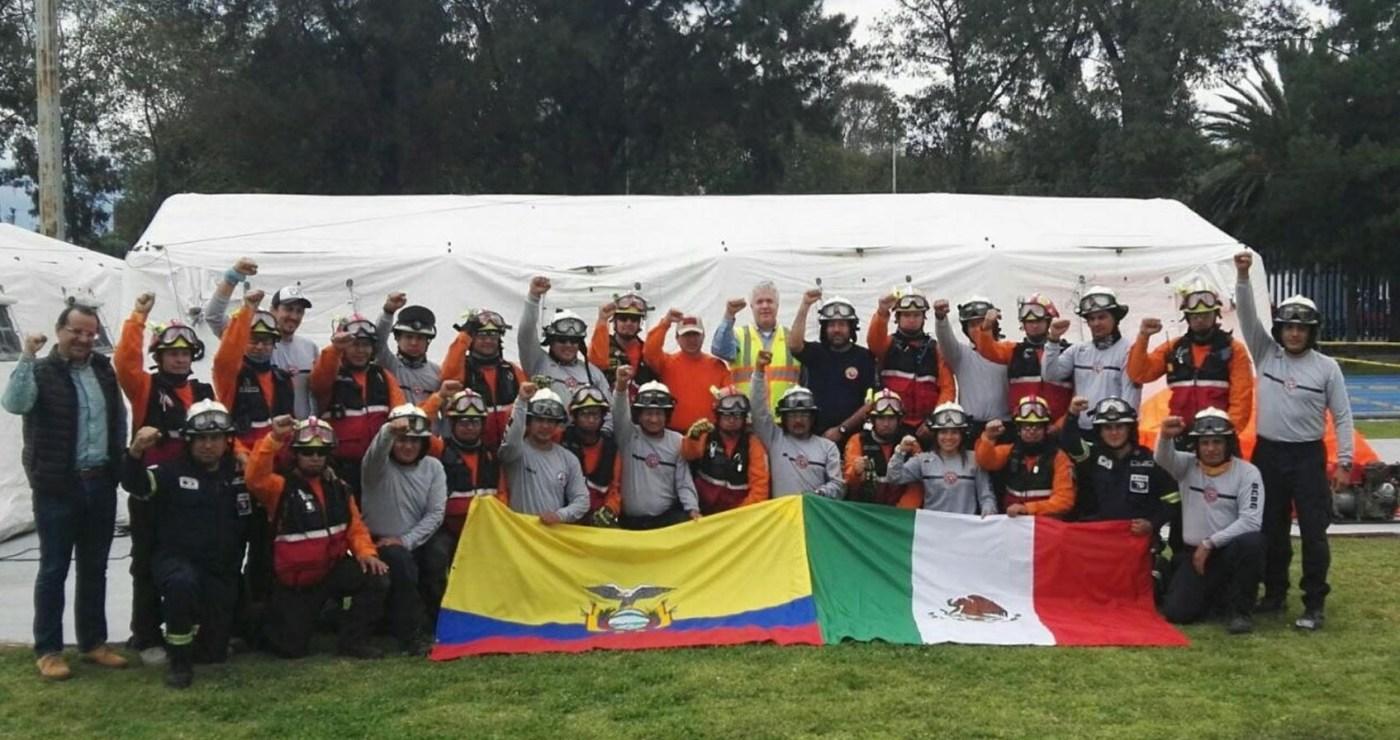 Rescatistas de Ecuador trabajaron en las labores de auxilio en la CDMX. (Notimex)