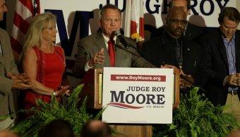 Roy Moore gana primarias Alabama y da revés político Trump
