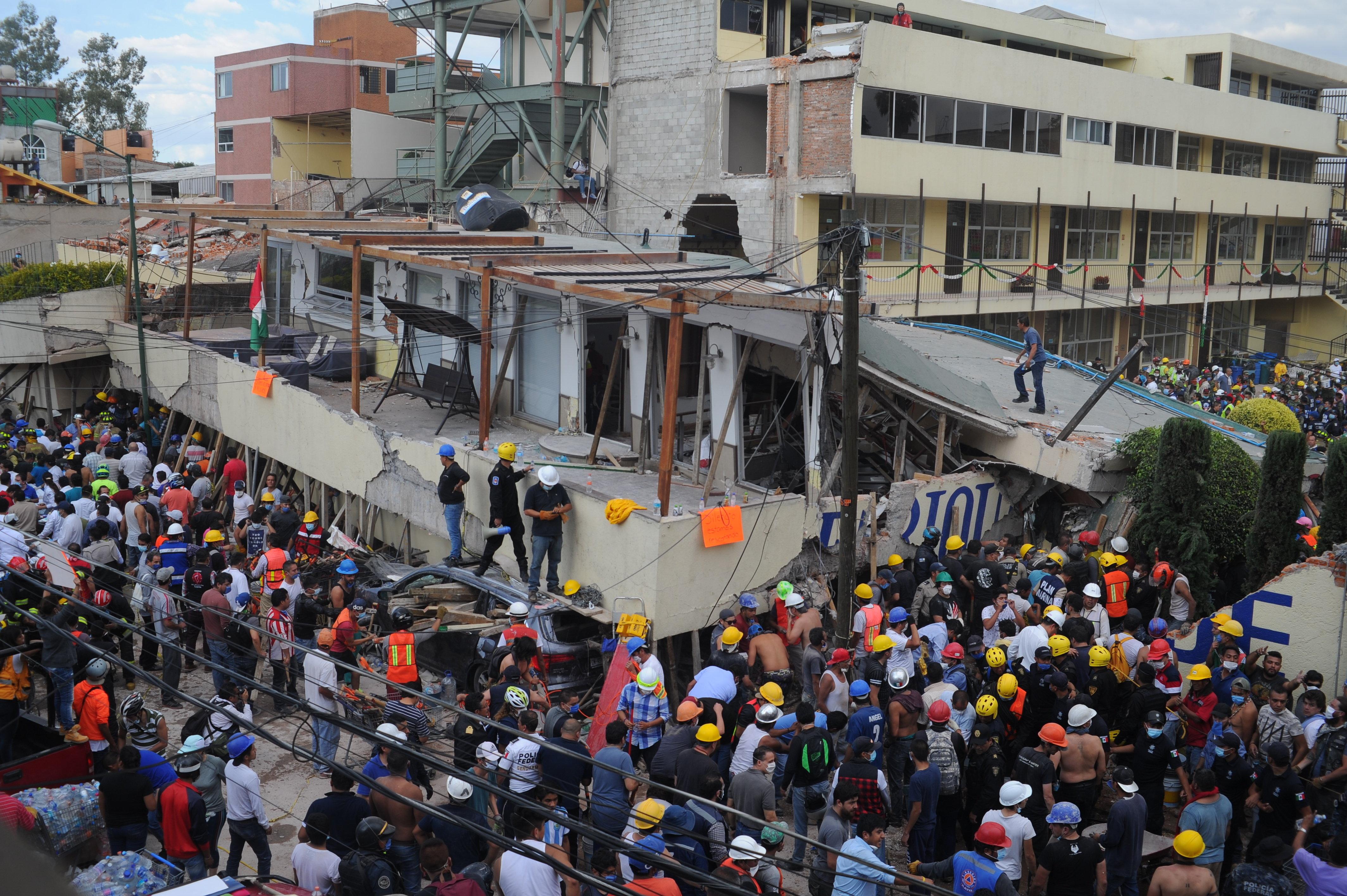 Más de 200 muertos tras terremoto de magnitud 7.1 en México