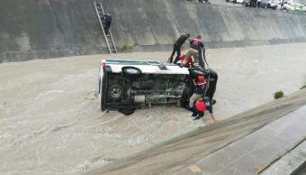 Vuelca unidad de transporte público en Chilpancingo, Guerrero