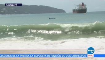Autoridades de Guerrero emiten alerta por mar de fondo