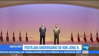 Festejan aniversario de Kim Jong Il