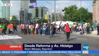 Padres de familia bloquean Reforma y avenida Hidalgo