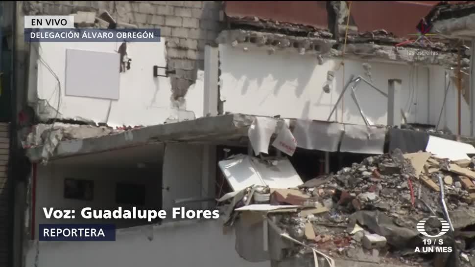 Trabajos de demolición en edificio de Álvaro Obregón
