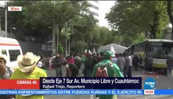 Campesinos mantienen plantón en Eje 7 Sur y Cuauhtémoc, CDMX