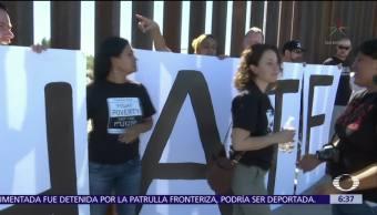 Familias se reúnen en Ciudad Juárez a pesar de valla fronteriza