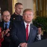 Respaldo hacia Trump cae a sus niveles más bajos, revela encuesta