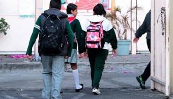 Este lunes regresan a clases 25.6 millones de estudiantes en México