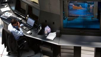 Bolsa Mexicana de Valores empieza la operación semanal con descenso