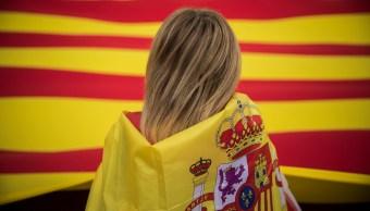 Bolsas europeas se apoyan en resultados corporativos; ignoran crisis catalana