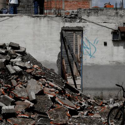 Damnificados del 19S recibieron dos mil 400 pesos del fideicomiso de Morena