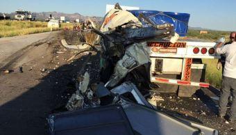 Accidente carretero en Sonora deja cuatro muertos y más de 20 heridos