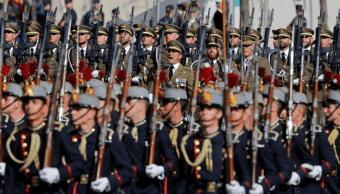 Desfile conmemorativo del Día de la Hispanidad en Madrid