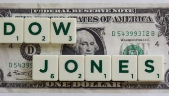 El Dow Jones rebasa su barrera histórica de 23 mil puntos