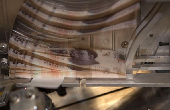 Dólar estadounidense se mantiene estable el jueves