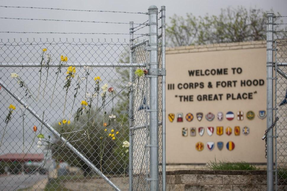 El psiquiatra militar, Nidal Malik, mató a 13 soldados en Fort Hood