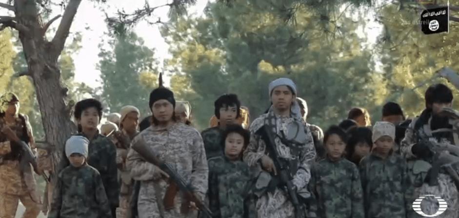 Escuela del Estado Islámico, donde adoctrinan a menores