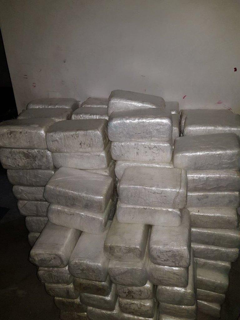 Hallan paquetes de droga en vivienda de la colonia Praderas del Oriente, en Juárez, NL